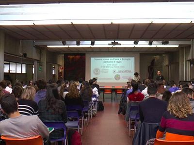 conferenza-liceo-roiti-ferrara-400×300
